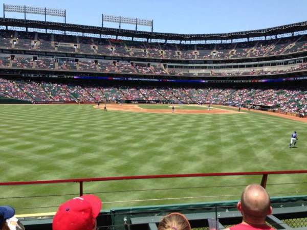 Globe Life Park in Arlington, section: 4, row: 3, seat: 8