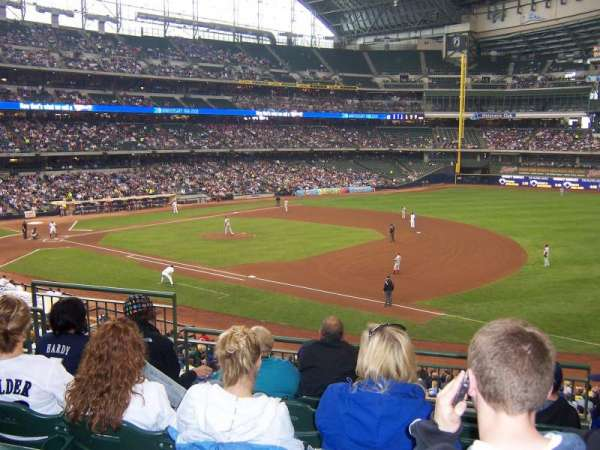 Miller Park, section: 210, row: 6, seat: 5