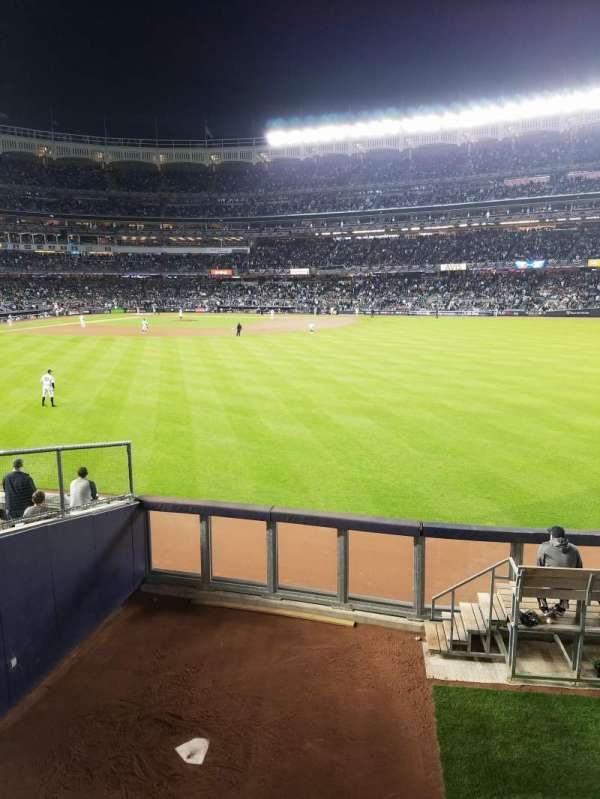 Yankee Stadium, section: 202, row: 1, seat: 14