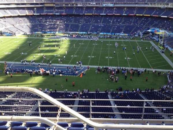 San Diego Stadium, section: V9, row: 5, seat: 1