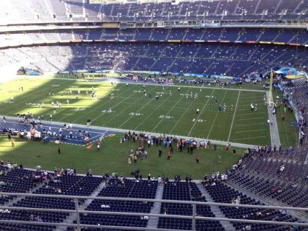 San Diego Stadium, section: V10, row: 5a, seat: 4