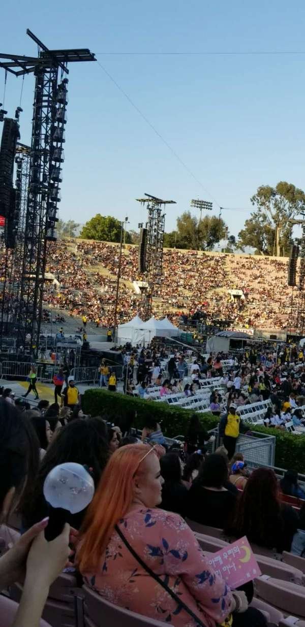 Rose Bowl, section: 17-H, row: 13, seat: 117