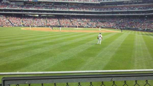 Citizens Bank Park, section: 143, row: 1, seat: 18