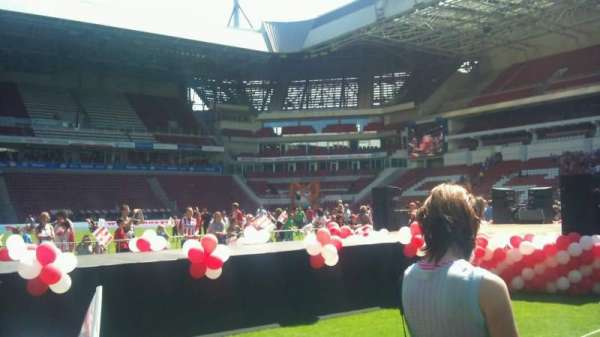 Philips Stadion, section: field