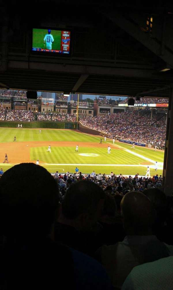 Wrigley Field, section: 212, row: 20, seat: 6