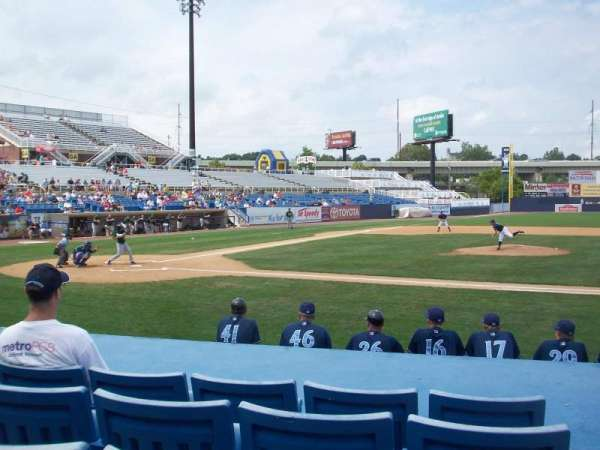 Frawley Stadium, section: 9, row: 5, seat: 1