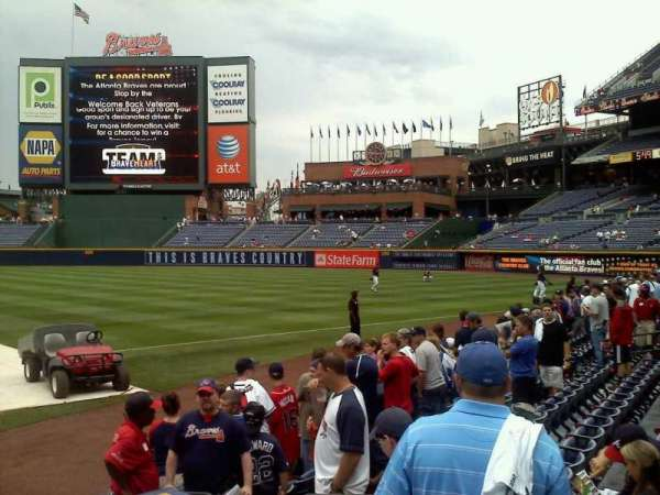 Turner Field, section: 115R, row: 8, seat: 6