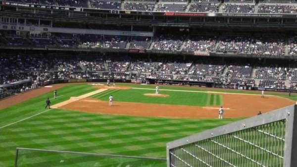 Yankee Stadium, section: 205, row: 4, seat: 5