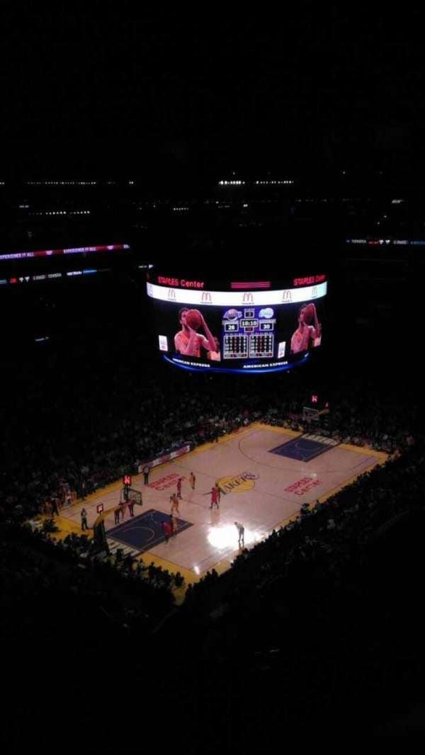 Staples Center, section: 322