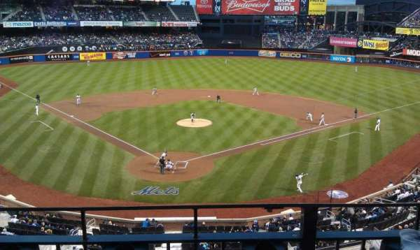 Citi Field, section: 318, row: 2, seat: 7