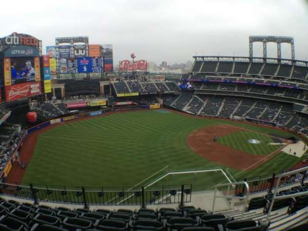 Citi Field, section: 527, row: 6, seat: 3