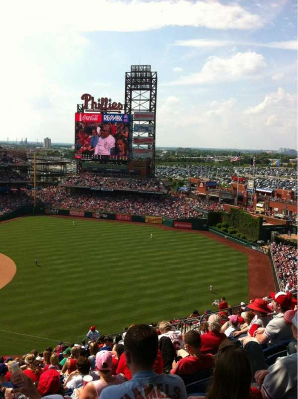 Citizens Bank Park, section: 310, row: 20, seat: 15