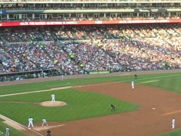 Comerica Park, section: 213, row: 11, seat: 2