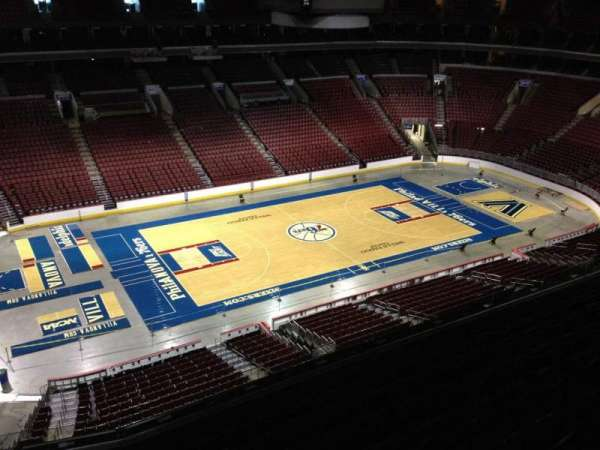 Wells Fargo Center, section: 223, row: 8, seat: 1