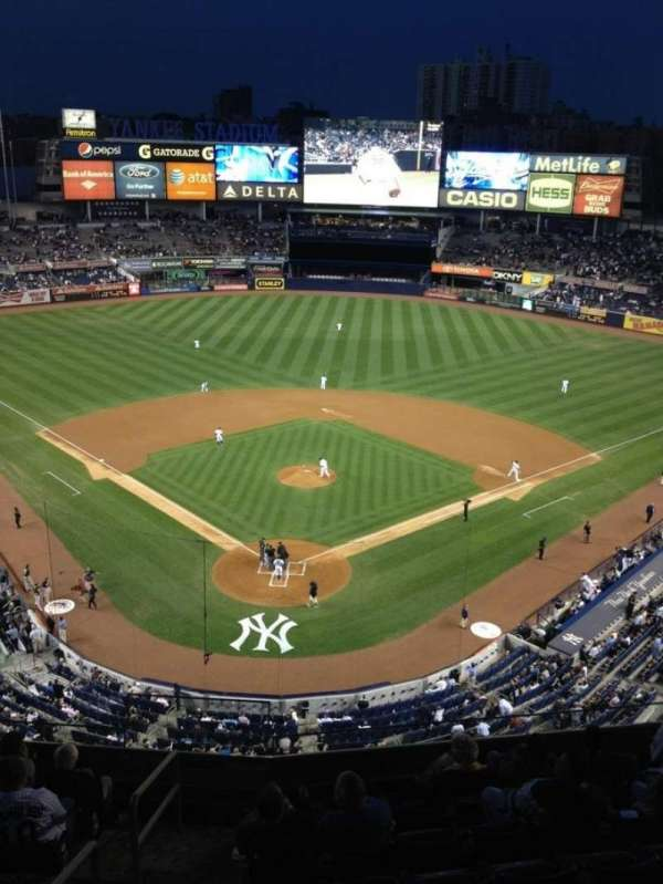 Yankee Stadium, section: 320a, row: 3, seat: 7