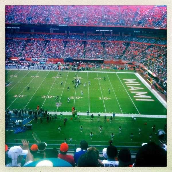 Hard Rock Stadium, section: 412, row: 8, seat: 4