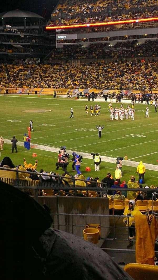 Heinz Field, section: 115, row: S, seat: 1