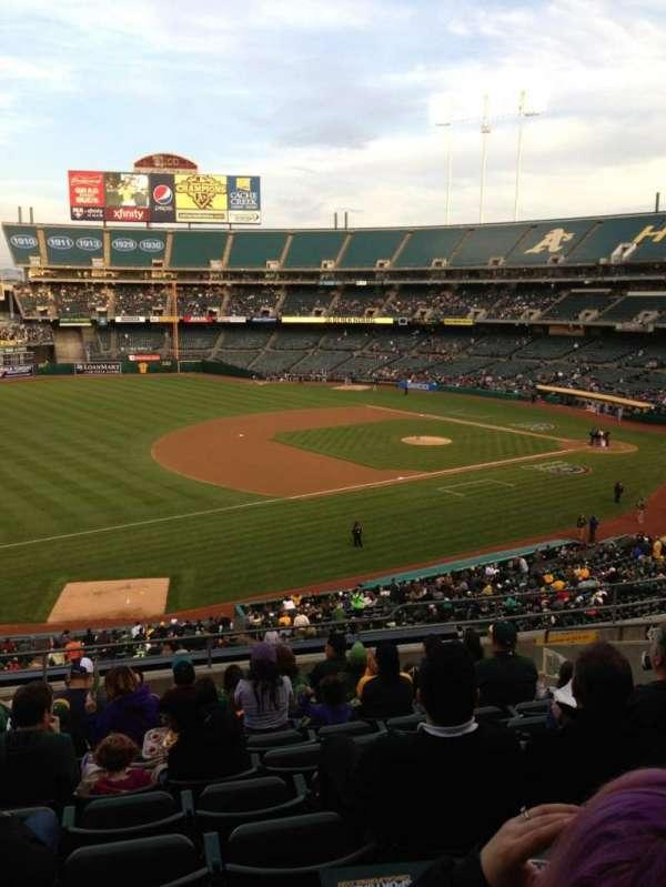 Oakland Coliseum, section: 226, row: 11, seat: 17