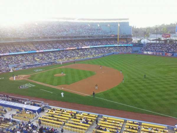 Dodger Stadium, section: 32RS, row: A, seat: 18