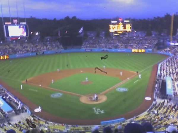 Dodger Stadium, section: 3RS, row: E, seat: 15