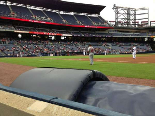 Turner Field, section: 117, row: 1, seat: 5