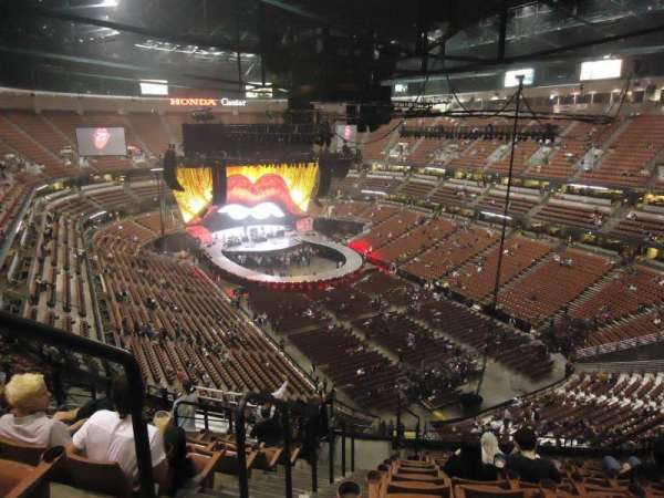 Honda Center, section: 404, row: N, seat: 13