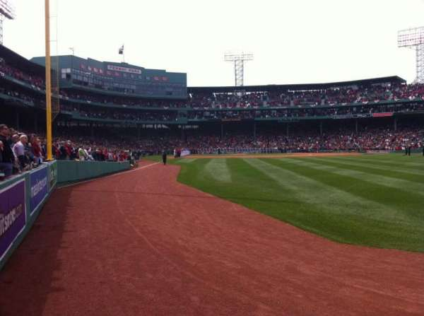 Fenway Park, section: Right Field Box 3, row: D, seat: 5