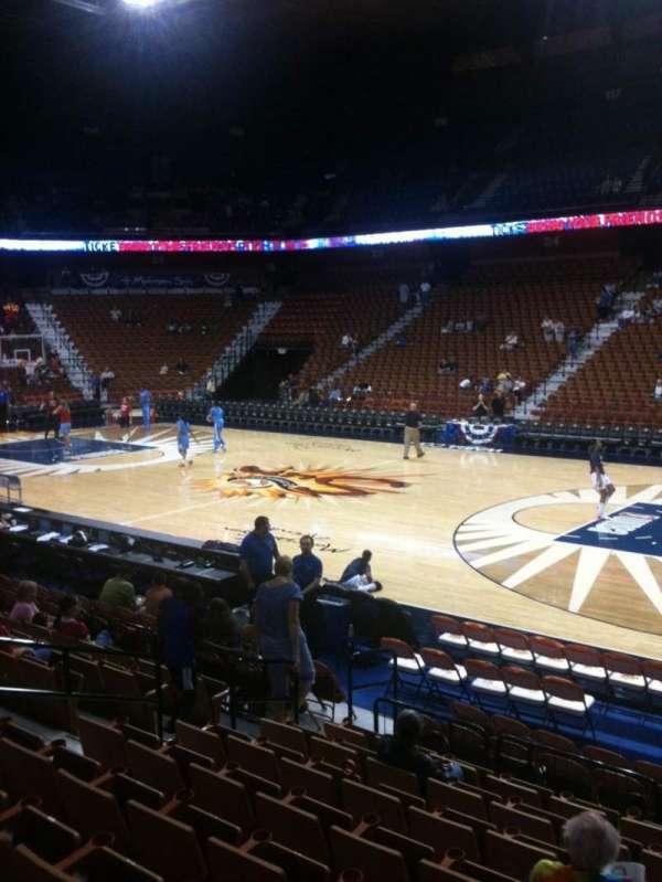 Mohegan Sun Arena, section: 14, row: L, seat: 6