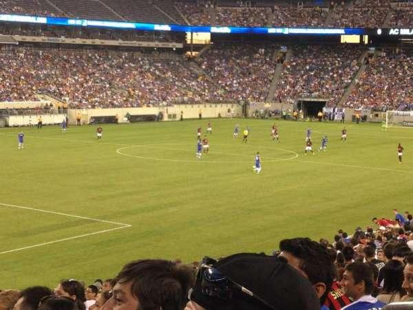 MetLife Stadium, section: 121, row: 26, seat: 3