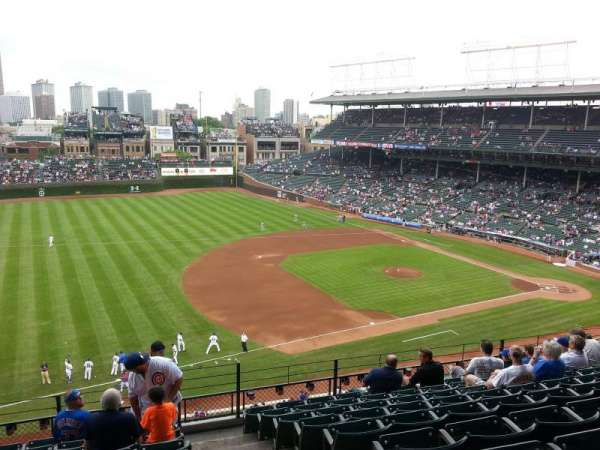 Wrigley Field, section: 409, row: 9, seat: 101