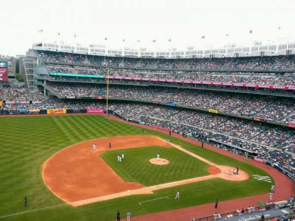 Yankee Stadium, section: 326, row: 1, seat: 26