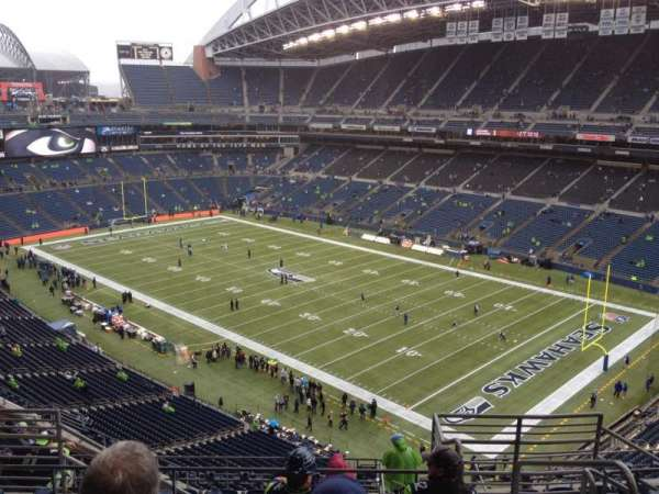 CenturyLink Field, section: 302, row: L, seat: 3