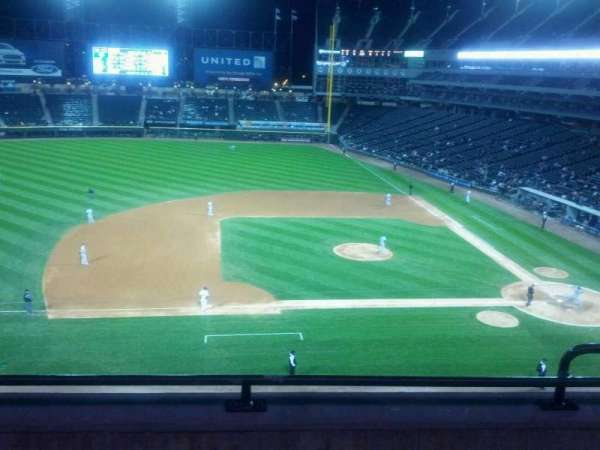 Guaranteed Rate Field, section: 340, row: 3, seat: 3