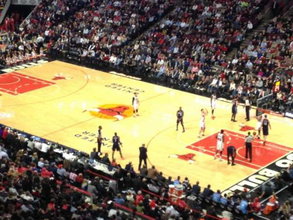 United Center, section: 331, row: 1, seat: 11