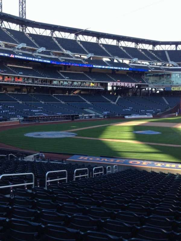 Citi Field, section: 113, row: 23, seat: 7
