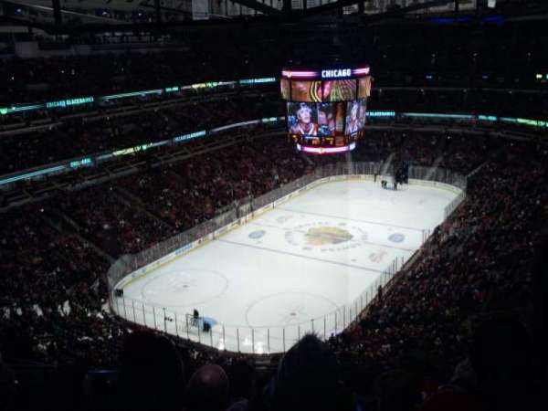 United Center, section: 306, row: 14, seat: 19