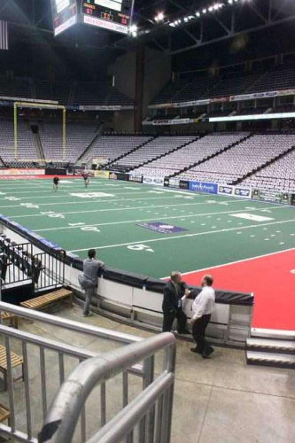 VyStar Veterans Memorial Arena, section: 100
