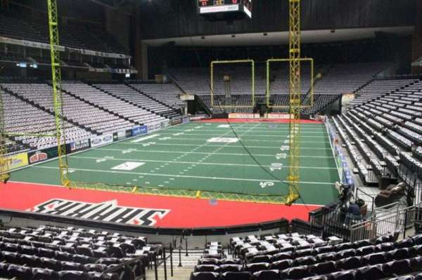 Jacksonville Veterans Memorial Arena, section: 107, row: L, seat: 16