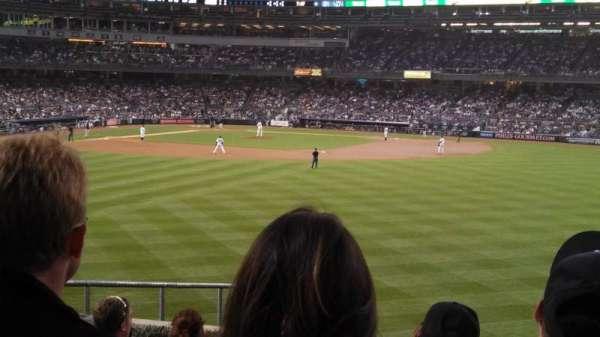 Yankee Stadium, section: 202, row: 11