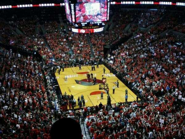Moda Center, section: 328, row: j, seat: 4
