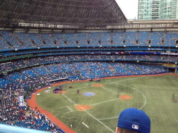 Rogers Centre, section: 512L, row: 13, seat: 111