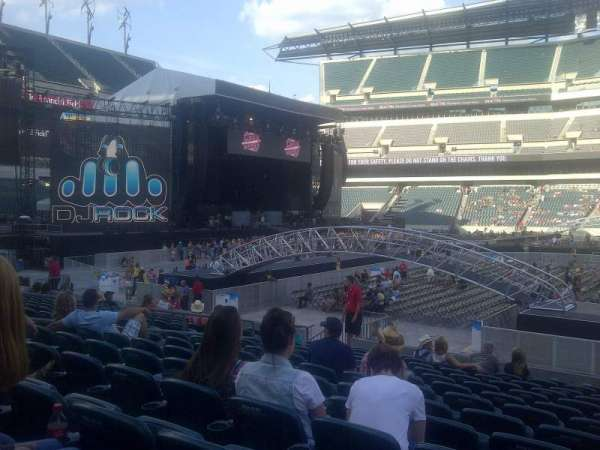 Lincoln Financial Field, section: 101, row: 13, seat: 11