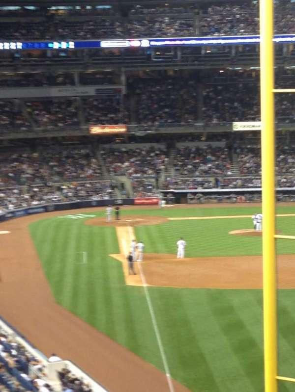Yankee Stadium, section: 207, row: 19, seat: 14
