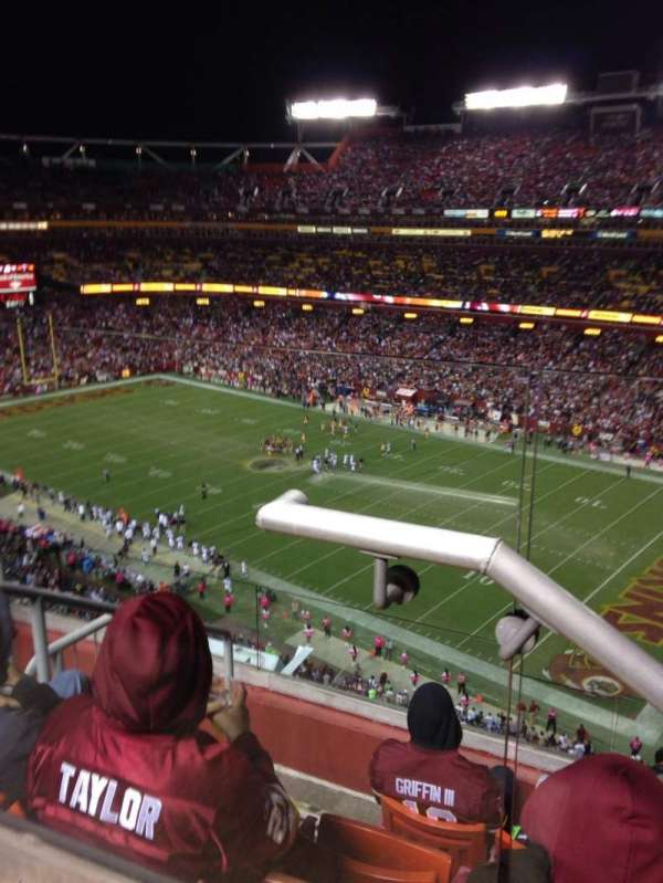 Fedex Field, section: 422, row: 6