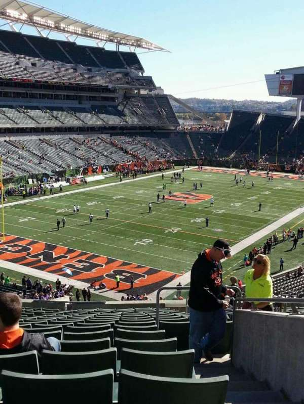 Paul Brown Stadium, section: 220, row: 18, seat: 4