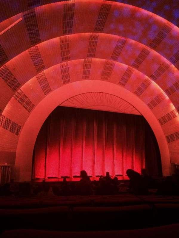 Radio City Music Hall, section: orchestra 6, row: K, seat: 610