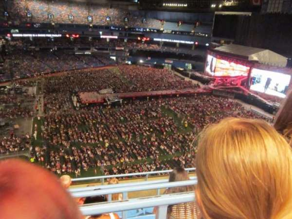 Rogers Centre, section: 513R, row: 6, seat: 4