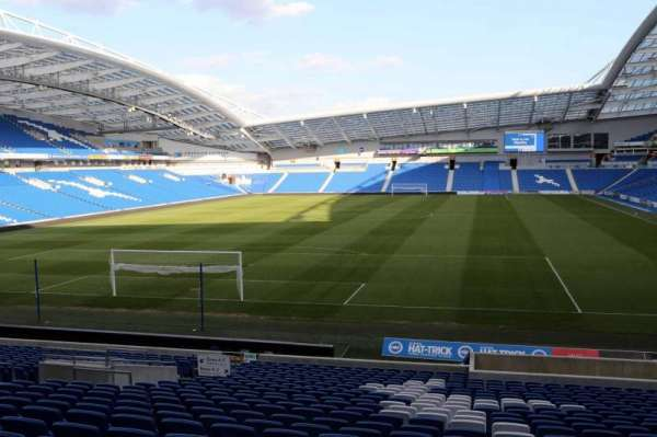 American Express Community Stadium, section: N1D, row: U