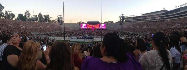 Rose bowl, section: 12-L, row: 16, seat: 4