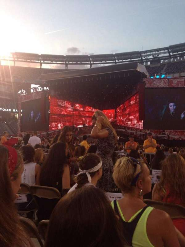 MetLife Stadium, section: 8, row: 7, seat: 5